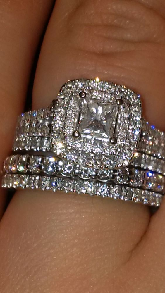 25 Best Ideas About Diamond Rings On Pinterest Round