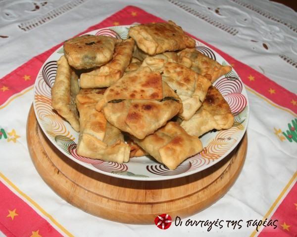 Χορτοπιτάκια τηγανιού από την Κρήτη #sintagespareas