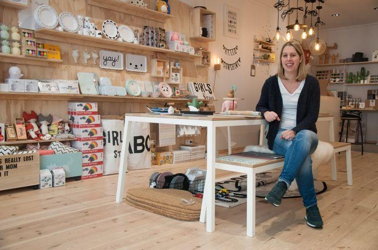 De redactie van online fashion, beauty en lifestylemagazine Belmodo ging voor ons op zoek naar de Local Heroes van Oostende: eigenaars van bruisende shops die stijgen in populariteit. We vroegen hen naar hun succesverhaal, en kregen enkele boeiende en inspirerende career stories te horen.