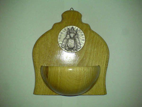 Weihwasserbecken Holz Madonna Maria Stein Mariastein Wallfahrt Kloster Schweiz +