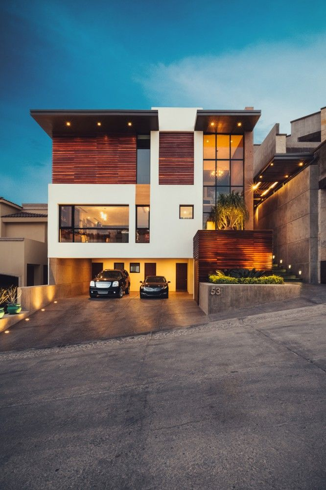 Wondrous 17 Best Ideas About Modern Houses On Pinterest Modern Largest Home Design Picture Inspirations Pitcheantrous
