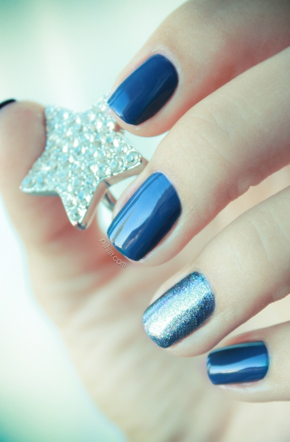 zoya feifei  et natty http://pshiiit.com: Nails Art, Blue Styles, Accent Nails, Nailpolish, Bundl Monsters, Zoya Feifei, Dallas Stars, Nails Polish, Blue Nails