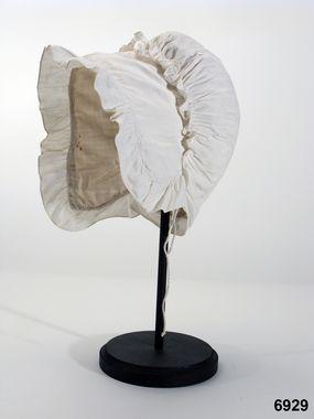 Cotton cap 1800-1825, Hälsingland, Sweden | DigitaltMuseum - Mössa