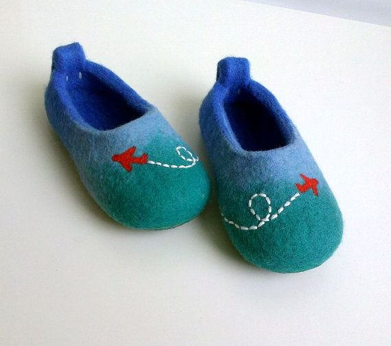 Felted wool slippers  Planes in the sky / Felt by AgileWool, $35.00