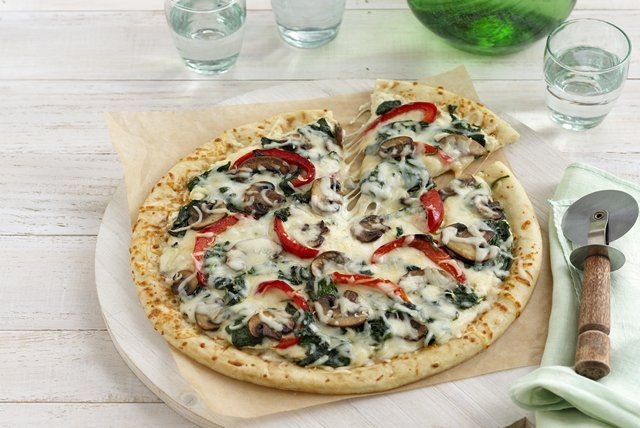 Combine Meatless Monday with Pizza Night when you toss together your very own gourmet-style Alfredo pizza. <b>Philly</b> Cream Cheese Spread makes it easy.
