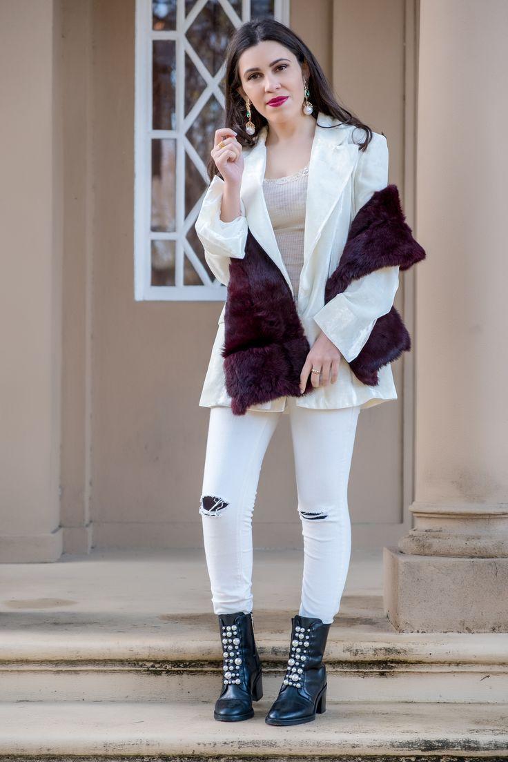 Two key pieces to wear in January -  #Bag #blazer #boldearrings #Boots #burgundy #Chain #DianeVonFurstenberg #evangelosjewellery #fashiontips #FauxFur #Fur #Gold #Gray #Green #Intimissimi #January #lace #Love #Mango #mangopremium #nude #outfit #Pearls #Ring #Sfera #silk #SnakePrint #Stole #Stone #Sweater #white #Wool #zara
