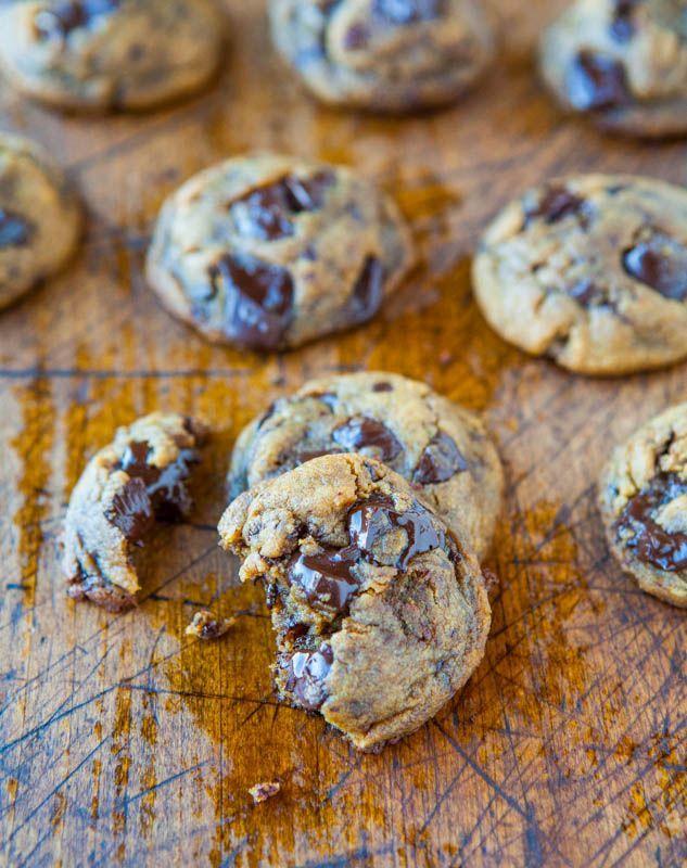 Peanut Butter Chocolate Chunk Cookies averiecooks.com