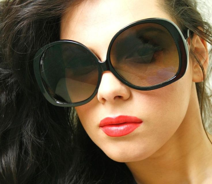 fashion designer style black frame very big oversized women sunglasses shades fashiondeals oversized