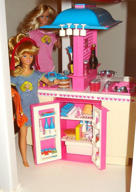 Barbie - Dream Kitchen My cousin Julie had this when we were kids and I was so jealous of her! She always had EVERYTHING Barbie. Furniture, cars, houses, extra play sets, camping sets, etc!