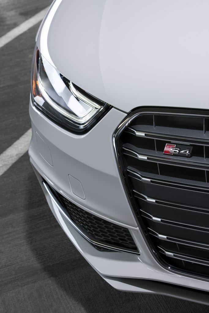 Audi S4 corner detail