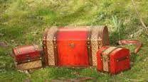 Imagini pentru set - cufar dar de nunta  si caseta de verighete