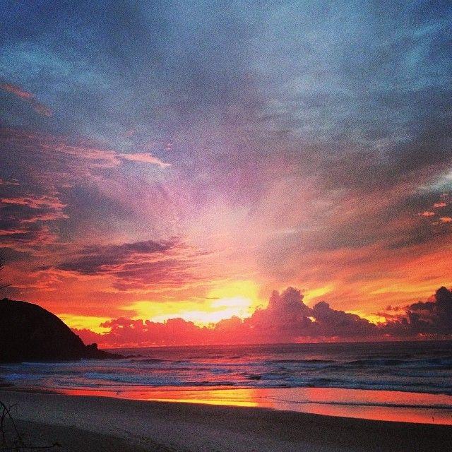 Ridiculously good sunrise today #byronbay #LogoCore