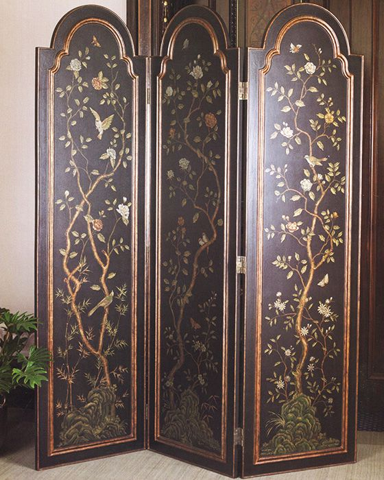 folding screen - hand-pained folding screen - Some believe that folding screens were introduced to Europe by Marco Polo, who brought them to Italy from his expedition to China. Decorative folding screens instantly caught attention because of there size, beauty and immediately discovered multifunctional qualities - #foldingscreens #decor #homedecor