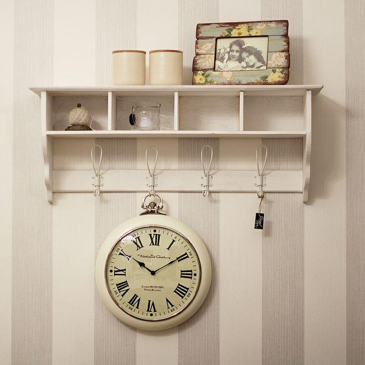 sch ne uhr im landhausstil interi r pinterest sch ne uhren landhausstil und uhren. Black Bedroom Furniture Sets. Home Design Ideas