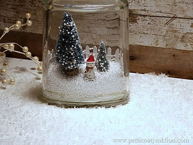 The Winter snow scene in a jar is so darn cute. I bought a few supplies and started putting my snow scene together. Through trial and error I finally did it.