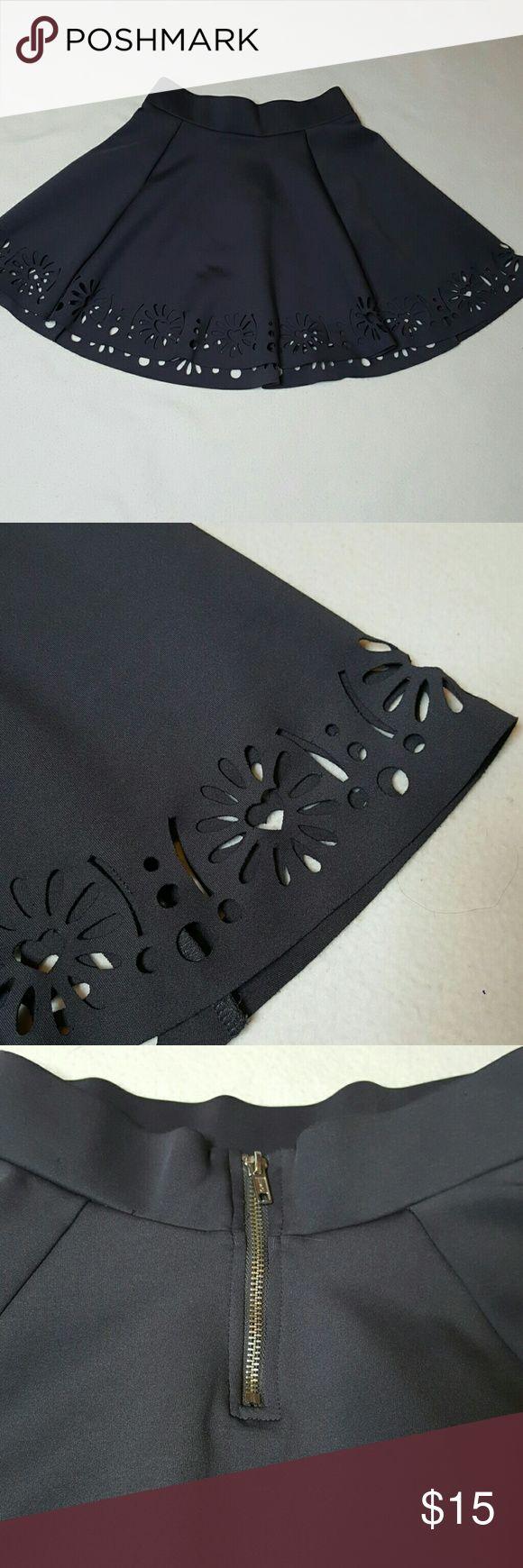Dark Gray Divided Skirt Size 4 $15 Dark Gray Divided Skirt Size 4 $15 Divided Skirts Mini