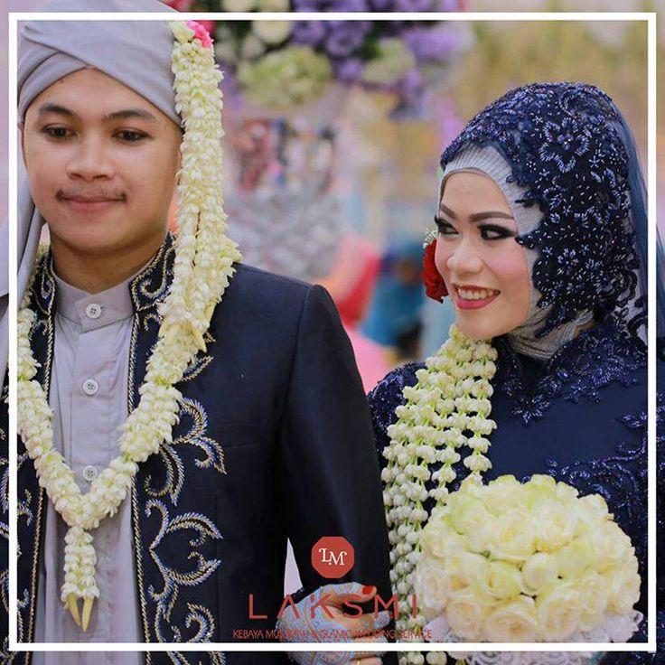 ISLAMIC WEDDING SERVICE Elegant Moslem Kebaya Wedding Surabaya  Wa:081703707670(jenny) Line:@kebayalaksmi  (tidak menerima non hijab)