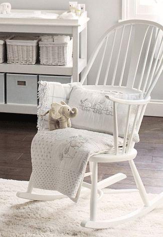 woonkamer met witte schommelstoel - Google zoeken