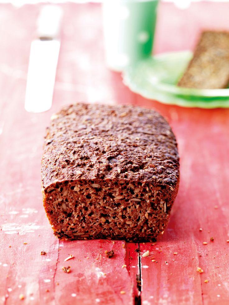Sätt degen på fredag kväll, och njut av rågbrödet på söndag morgon.