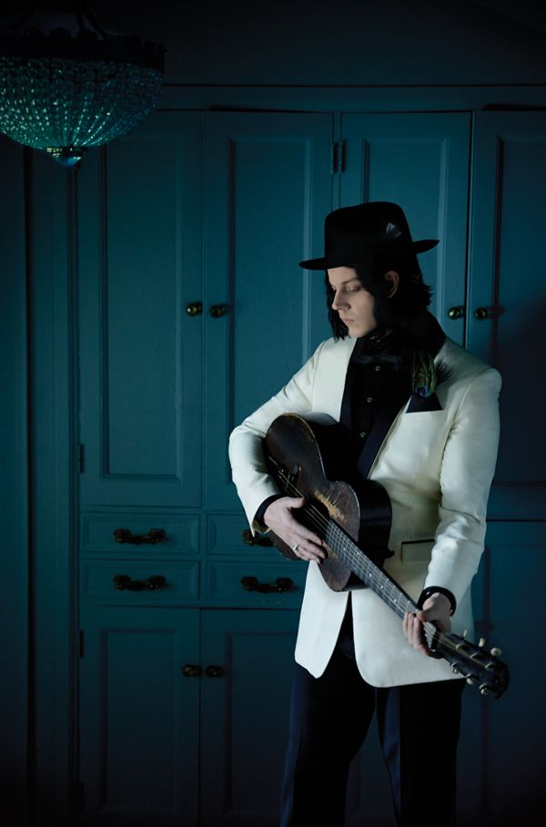 'Lazaretto' Premiere: Hear Jack White's Driving Blues 'Just One Drink'  Read more: http://www.rollingstone.com/music/news/lazaretto-premiere-hear-jack-whites-driving-blues-just-one-drink-20140516#ixzz327lBxgoE