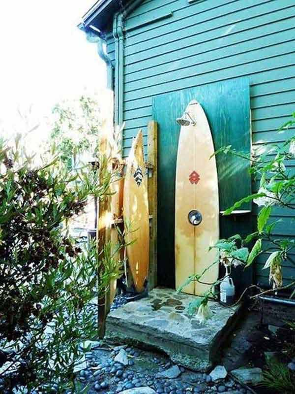 Are you always missing the beach scenery enjoyed when you were on vacation last year or before? So why not build a beach-style outdoor living space in your porch and yard that will make you always feel like on vacation at the seaside? This is a great and exacting idea. You can bring your beach […]