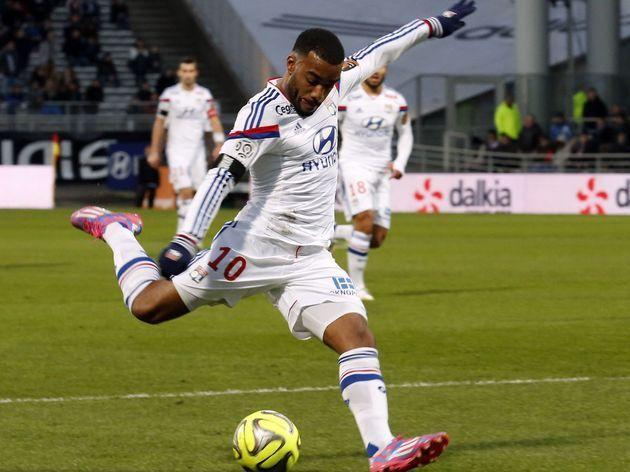 Tottenham Set to Beat Rivals for Signature of Lyon Hitman Alexandre Lacazette