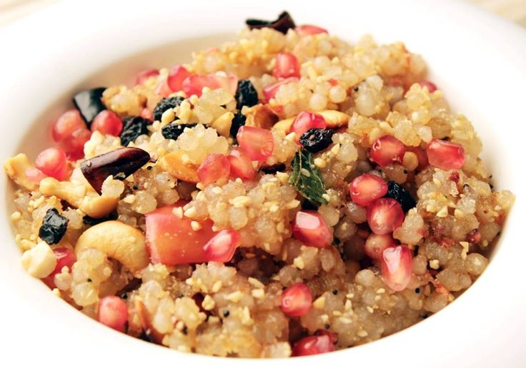 #Sabudana #Fruit #Upma  #Recipe http://www.foodfood.com/recipes/sabudana-fruit-upma/