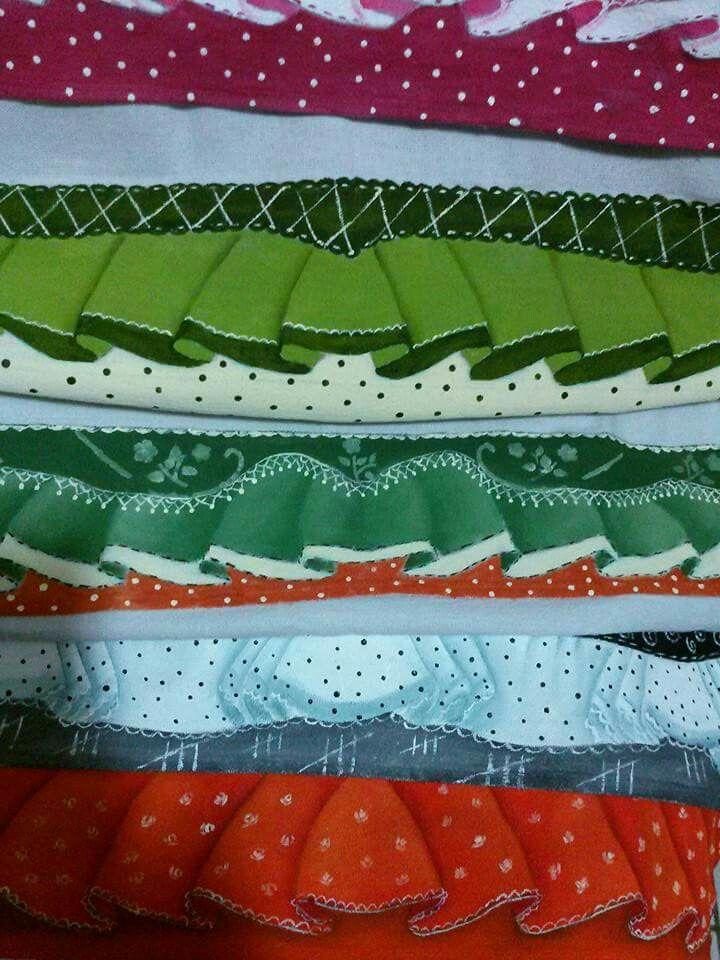 Pintura em tecido - barrados feitos por  Graça Matos.