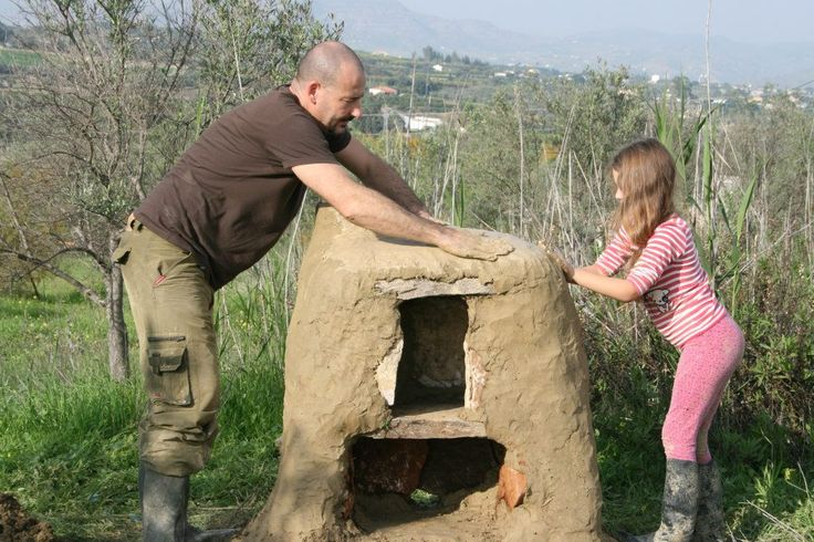 "Tutorial: making a simple adobe/cob horno (oven) in ""Primitive"" Cooking & Food Preparation Forum"