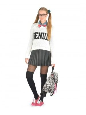 cute geek chic halloween costume cute teen halloween costumeschic - Cute Teenage Girl Halloween Ideas