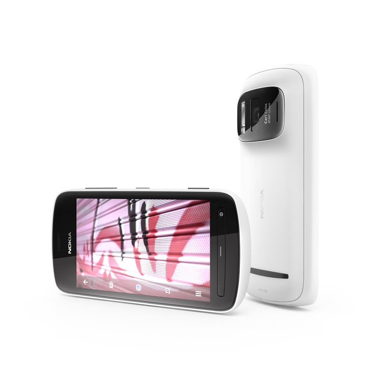 Nokia 808 PureView with 41MP Camera