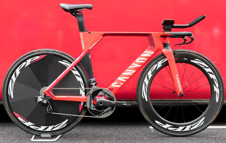 Katusha Alpecin's Canyon Speedmax CF SLX http://www.bicycling.com/bikes-gear/tour-de-france/the-time-trial-bikes-of-the-2017-tour-de-france/slide/12