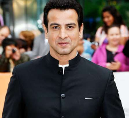 Ronit Roy Height, Weight, Age, Biography, Wiki, Wife, Family Photos. Ronit Roy Date of Birth, Net worth, Girlfriends, Marriage, Children, Images