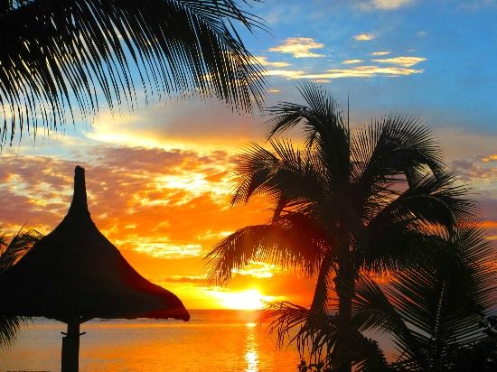 Couldnt get enough of the sunsets! (carmenbaisley, Jun 2013) Wow! - Le Victoria Hotel, Mauritius