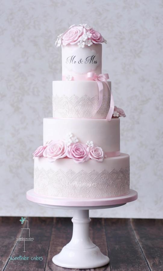 Classic wedding cake - Cake by Tamara