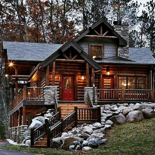 The nicolet model by expedition log homes of oostburg wi for Courtyard landscape oostburg wi