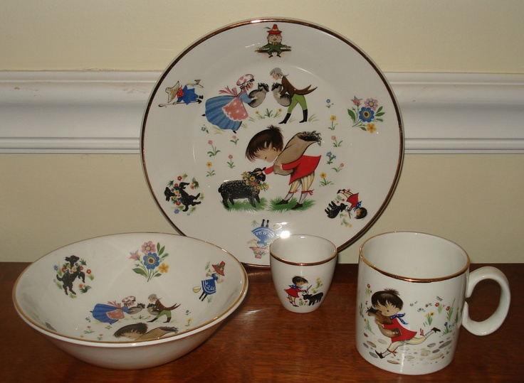 IRISH CHILDS TABLE SETTING BY ARKLOW REPUBLIC OF IRELAND