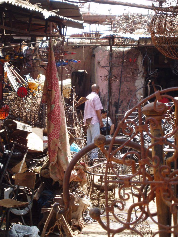 Marrakech, ferrailleur, ©DamienVidal www.damien-vidal.com