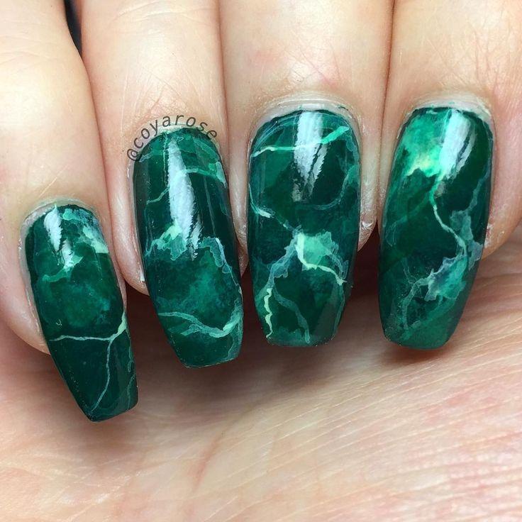 Green marble malachite nails nail art - Best 25+ Dark Green Nails Ideas On Pinterest Dark Green Nail