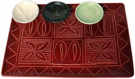 Tapa Platter with leaf dip bowls