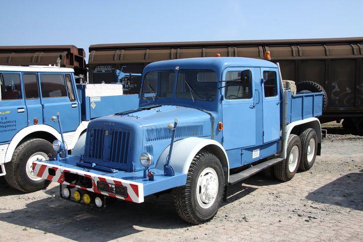 Tatra T141 6x6 TP - 14 825 cm³ - 136,2 kW (185 koní) /2 000 ot/min 726 Nm /Germany/