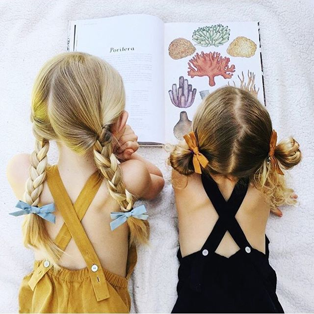 """This scene, a l l day long. Right? I love to see your pics of you capturing your daughters' curious perspectives of the world. Thanks for sharing @sunshineandviolets // [""""mist"""" set and """"amber"""" set] #freebabespigtails"""