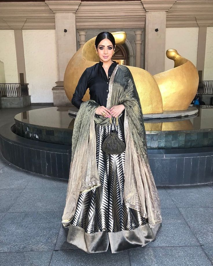 "184 Likes, 7 Comments - Sridevi Fan (@sridevi.b.kapoor.fan) on Instagram: ""@sridevi.kapoor at #iffi2017 #goa  looking gorgeous as always  in @manishmalhotra05 anarkali…"""