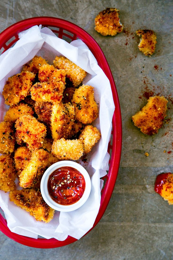 Sweet and Spicy Baked Chicken Nuggets Recipe. Your family will LOVE these bite-sized pieces of chicken coated with a crunchy layer of panko breadcrumbs. Most chicken nugget recipes are pretty standard, but this one is anything but. The sweet and spicy crust has a craveable secret ingredient: cake mix! You'll need boneless skinless chicken breasts, white cake mix, eggs, panko breadcrumbs, garlic powder, cayenne pepper.