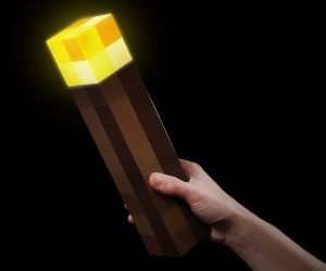 Great news for all Minecraft fans out there who wants pre-crafted Minecraft light-up torches that produces level 14 light! Mounted to your bedroom wall, they'll keep hostile creepers away while you...