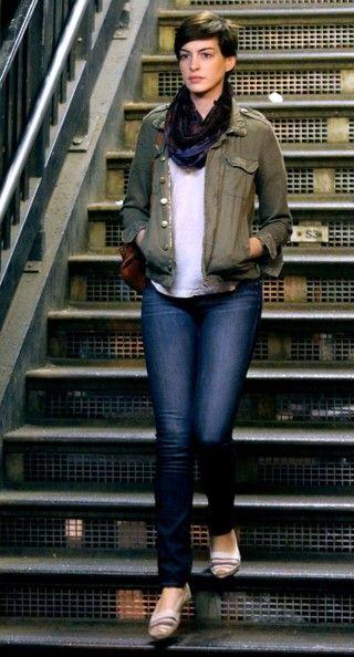 Anne Hathaway - Anne Hathaway Films 'Song One' in Brooklyn