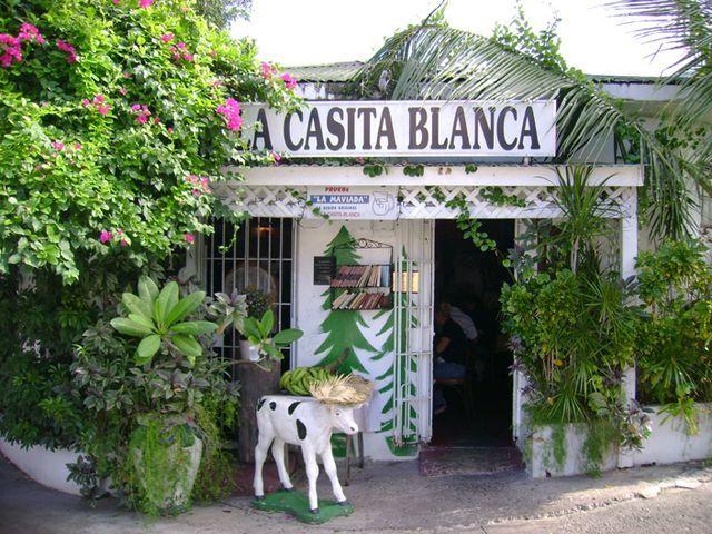 Where to Eat Puerto Rican Food in San Juan: La Casita Blanca