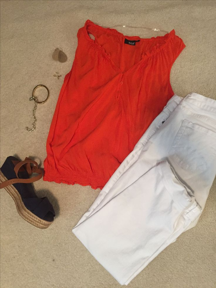 Orange tank + White wide leg pant + Navy wedge + Gold accessories