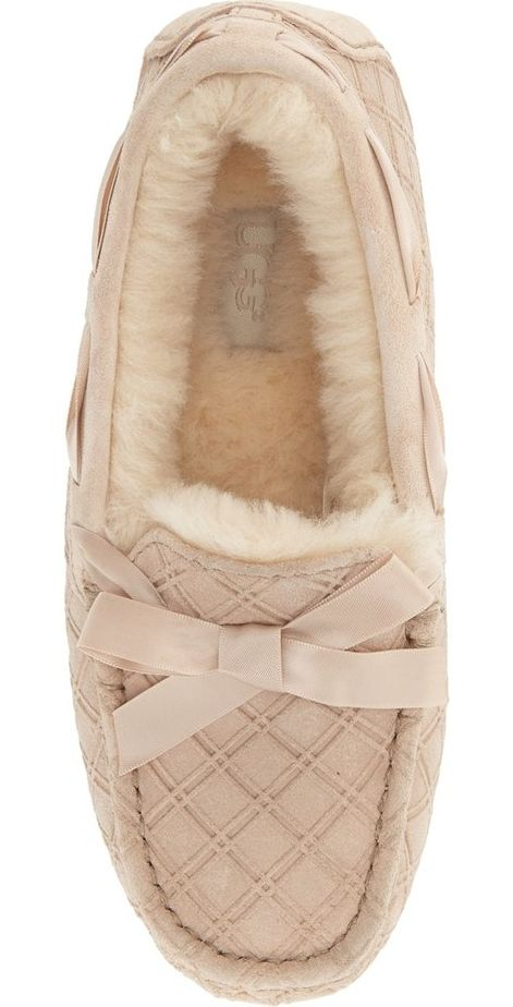 Crushing on these extra cozy moccasin slippers by UGG Australia. This classic shoe gets an update with a textured diamond pattern and a cute bow.