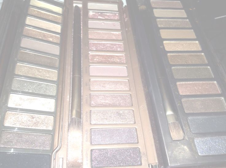Urban decay naked pallets ( 1 , 2 and 3)